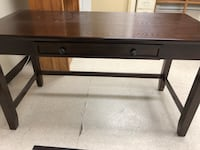 Rectangular black wooden desk Hagerstown, 21742