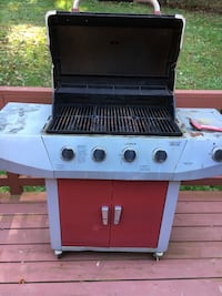 Propane grill good working condition  Mount Airy, 21771