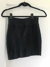 Black ribbed thick pencil skirt XS