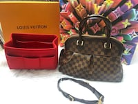 Louis Vuitton purse Surrey, V4N 3J1