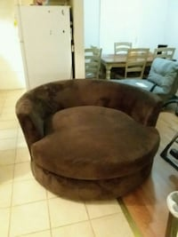 Large swivel suede chair  Odenton, 21113