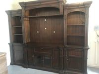 4 Piece Wall Entertainment Center Need Gone, Make An Offer! Montgomery, 77356