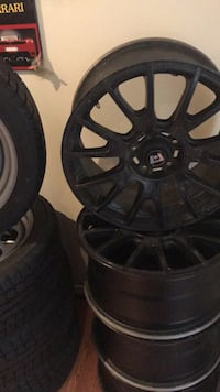 17 inch mercedes wheels great condition  Vaughan, L4L 3T4