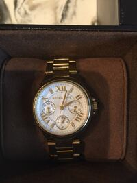 Michael Kors mini Watch in gold  Toronto, M2R 3V1