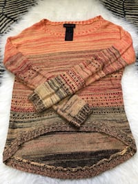 Knitted sweater medium Vancouver, V5M 2B3