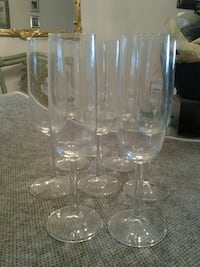 Eight crytal champagne flutes 9 inches tall Boca Raton, 33486