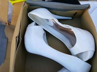 pair of white leather pointed-toe pumps Whittier, 90605