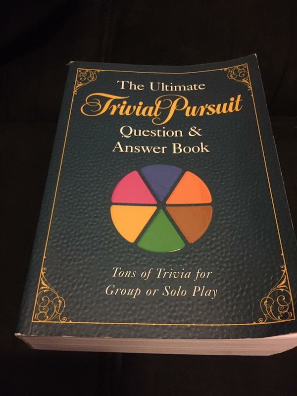 90ffd89bbc3 Begagnad The ultimate trivial pursuit question and answer book till salu i  Gettysburg