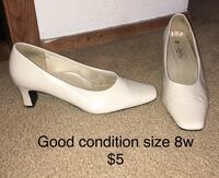 Good condition size 8w Rockford, 61109