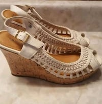 Spring wedge sandals barely worn Whitchurch-Stouffville, L4A 5E5