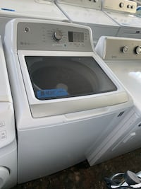 New GE scratch and dent top lod washer Baltimore, 21223