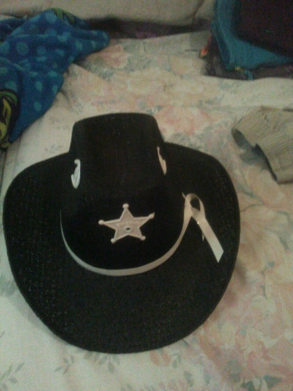 2f02bc16f7c2f Used black and white cowboy hat for sale in Houston - letgo
