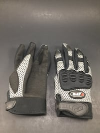 BILT Motorcycle Gloves with Soft knuckle protectors - kids Size 4 Lake Elsinore, 92532