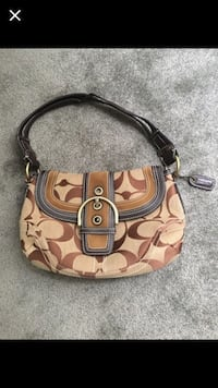 Brown coach handbag Arlington, 22206