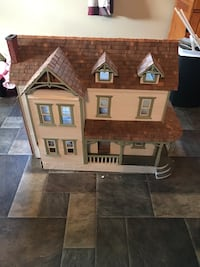 Doll house $100 obo