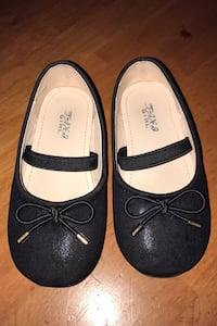 Baby girl shoes size 8.5 Toronto, M1P 1G7