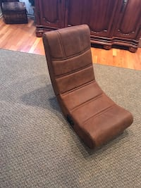 Game chair Bakersfield, 93304