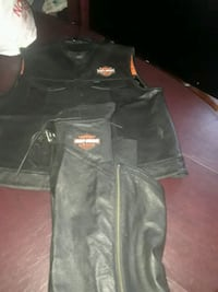 BLACK LEATHER VEST XXL AND BLACK LEATHER CHAPS XL Citrus Heights, 95610