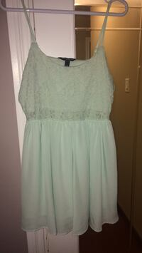 Gorgeous lace teal dress Burnaby, V3J