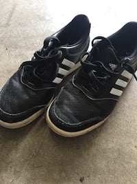 Youth size 5 addidas golf shoes.  Worn only a handful of times.  Anmore
