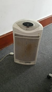 white portable electric heater  Port Royal, 17082