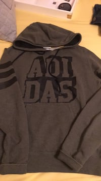 Address Sweatshirts size small  Bellflower, 90706