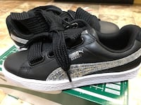 MORE THAN 1/2 off NEW Puma size 7.5 Basket Heart Sneakers - Black/Silver MSRP $90 PARAMUS NJ Paramus, 07652