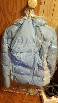 blue and white puffer jacket Hillman, 56338