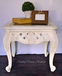 White accent table, large Peterborough, K9H 6B8