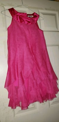 Kids pink sleeveless dress Calgary, T2Y 4E5
