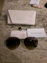 Real women's Michael kors sunglasses Mississauga