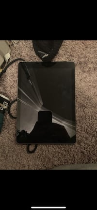 black IPAD 16GB  Cibolo, 78124