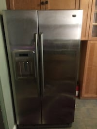 Stainless steel side-by-side refrigerator with dispenser Columbia, 21046
