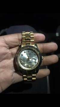 Rolex watch , price is negotiable , open to trades New York, 10475