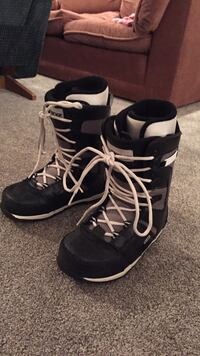 Ride Snowboard Boots size 8