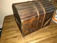 "Wooden Chest 19"" Wide"