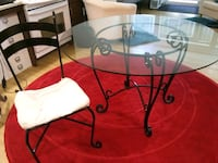 "42"" glass top kithen table with chairs.  Portland, 97202"