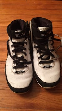 pair of white-and-black Nike basketball shoes Mechanicsville, 23111