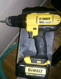 Dewalt 20volts Drill With Battery Los Angeles, 90065