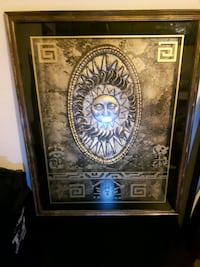 """Versace """"gold plated""""cadre very.  Very good quality Laval, H7W 5G2"""