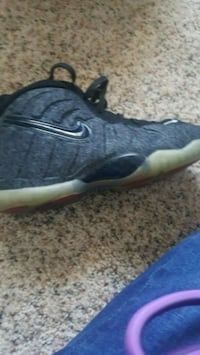 Foamposites gray and black Oxon Hill, 20745