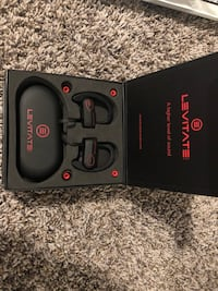 Brand New Bluetooth Headphones with Charger & Carrying Case Los Angeles