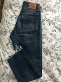 Levi's Wedge Fit Jeans 27-fit like 26 Calgary, T3K 1E4