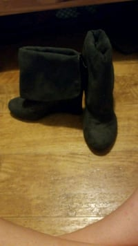 pair of black suede wedge booties Chauvin, 70344