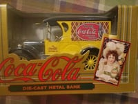 New Coca-Col Die-cast Metal vintage Collector Bank Mount Airy, 21771