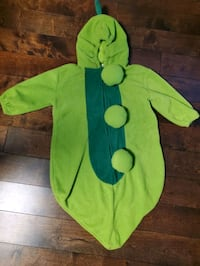 Pea in a pod costume 6 months+ Vaughan, L4K 0C6