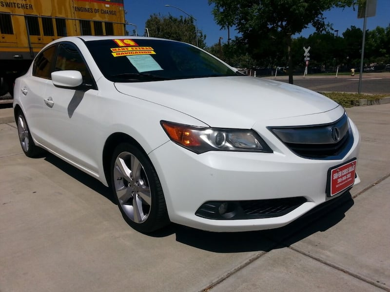 2014 Acura ILX 2.0L w/Tech 4dr Sedan w/Technology Package b268c967-ae6b-4150-8540-779421ebca23
