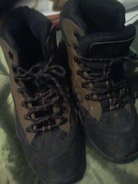 size 10 Hike Boots Spruce Grove, T7X 3S1