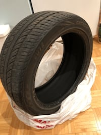 Tire 225/45ZR18 performance tire only used last summer and got a all season so I don't need them anymore Toronto, M4P 2L7