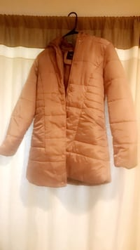 Beige puffer jacket Woodbridge, 22191